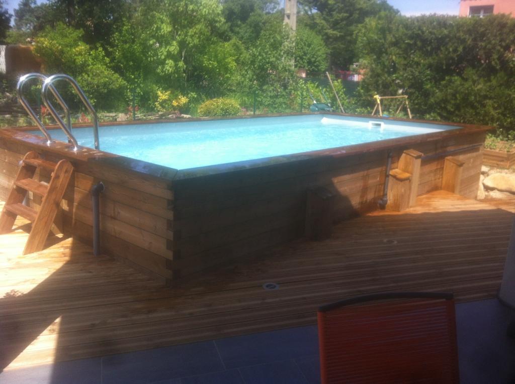 Fabricant de piscine bois et distributeur de piscine coque for Fabricant piscine bois